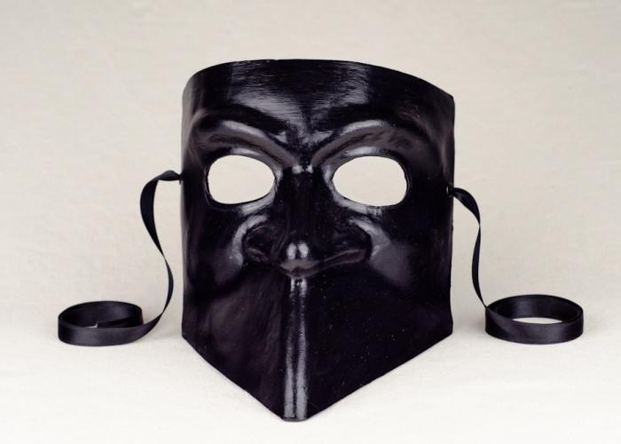 maschera bauta nera