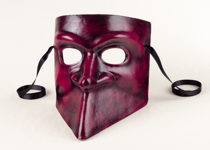 bauta mask red black
