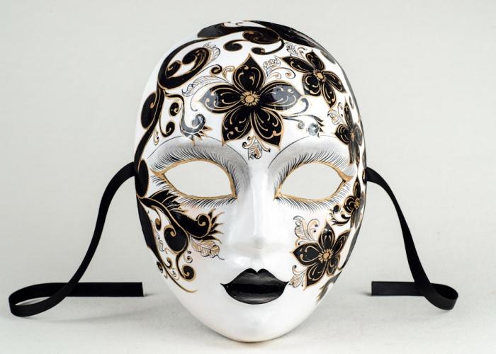 face mask sabrina 1
