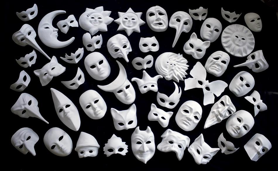 Impara a Decorare le Maschere Veneziane con i Mascherai Veneziani