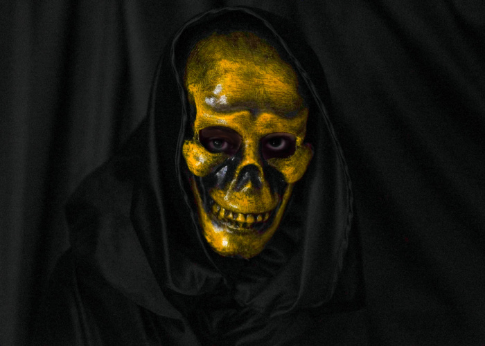 Laughing Skull Mask Yellow